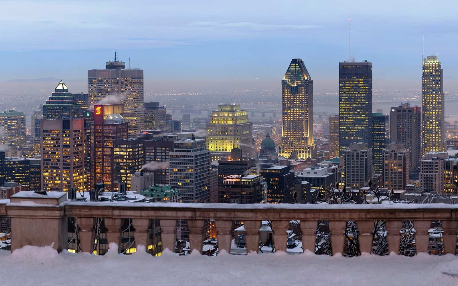 A photo of Montreal during the winter.