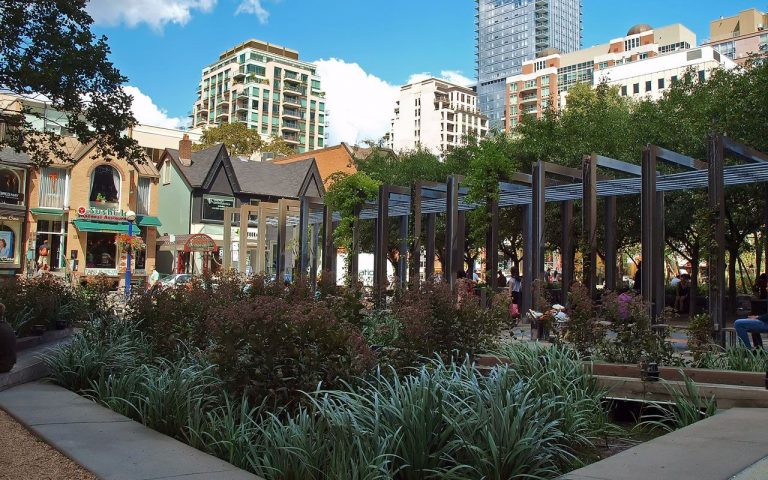 Village of Yorkdale Park, Toronto
