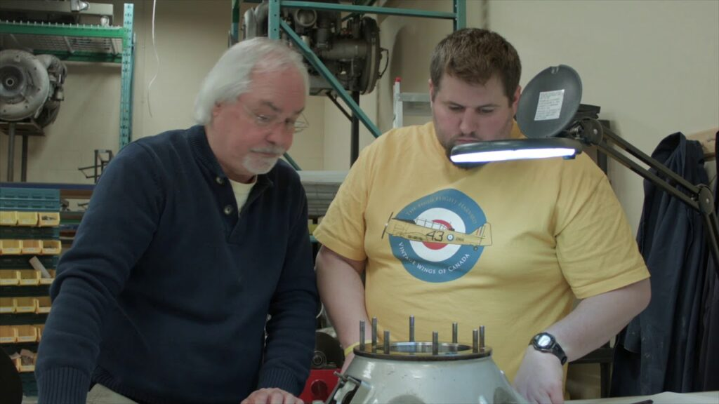 Photograph of Aircraft Turbine Technician student and instructor