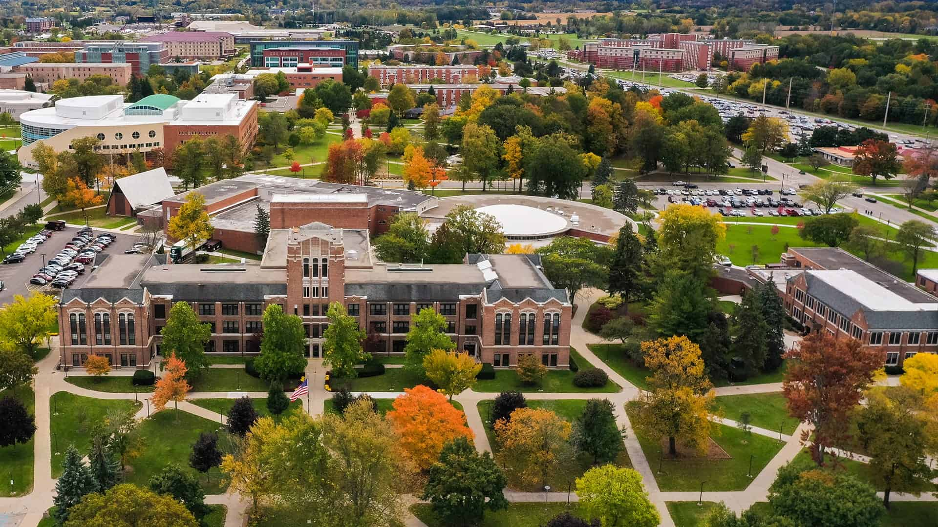 An aerial shot of Central Michigan University's campus.