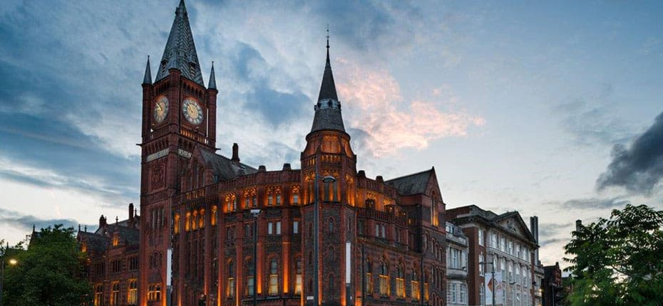 A photo of the University of Liverpool.